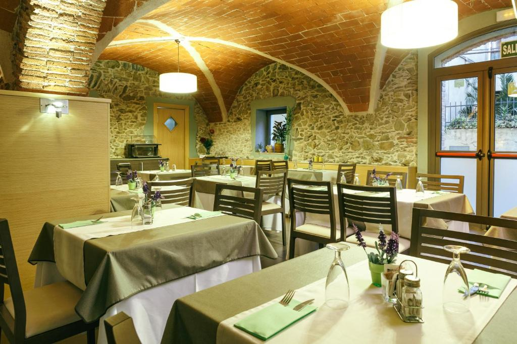 boutique hotels in garriguella  7