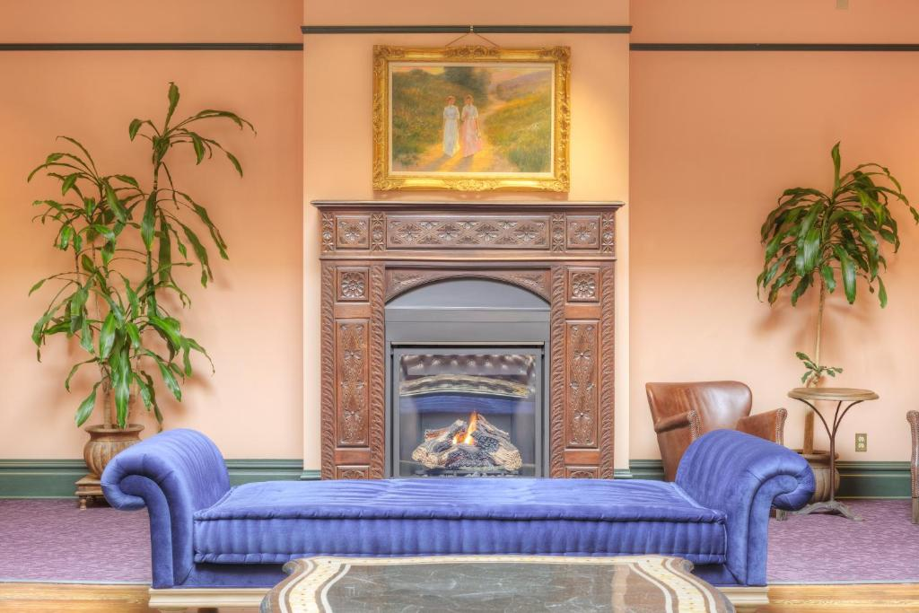 Montvale Hotel, Spokane, WA - Booking.com