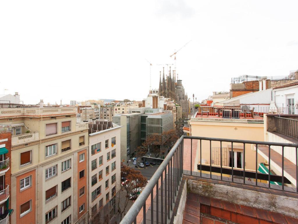 Bonita foto de Rooftop Sagrada Familia