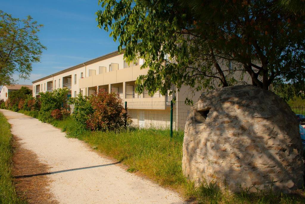 Apartments In Saint-andré-d'olérargues Languedoc-roussillon
