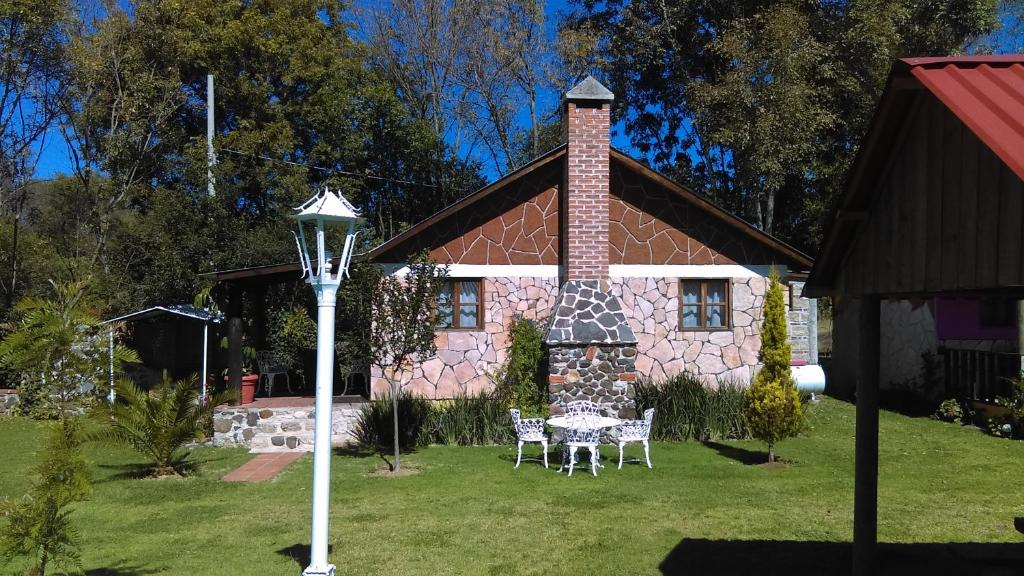 A garden outside Cabañas las Cumbres