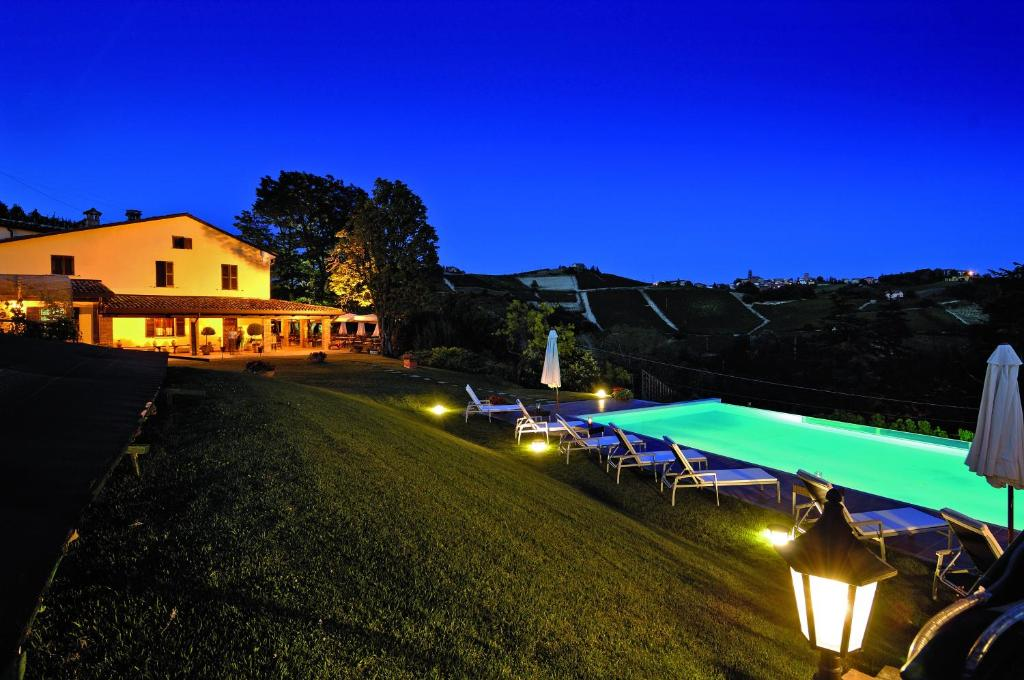 Apartments In Aie Piedmont