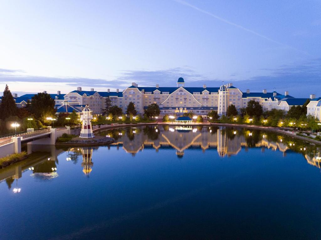 Hotel Disney S Newport Bay Club Frankrijk Chessy Booking Com