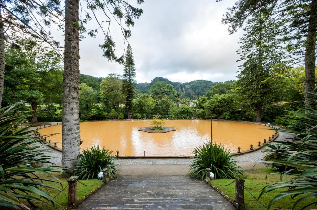 sao miguel where to stay - furnas terra nostra
