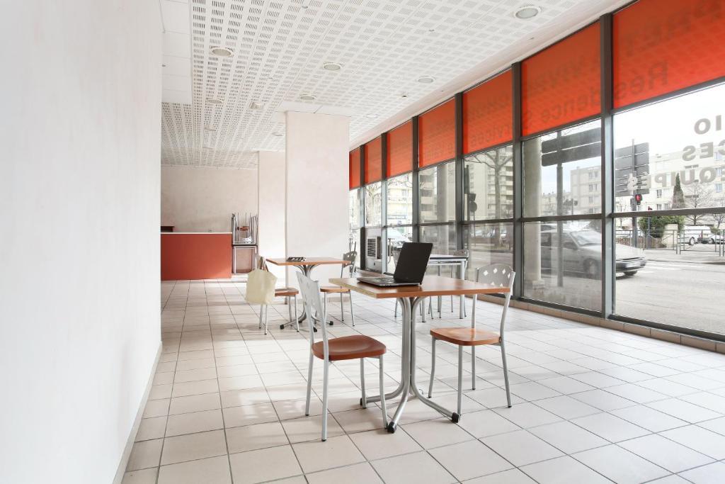 Apartments In Peyrins Rhône-alps