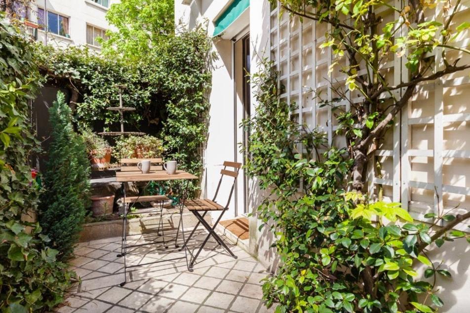 apartment 1 square du docteur blanche, paris, france - booking