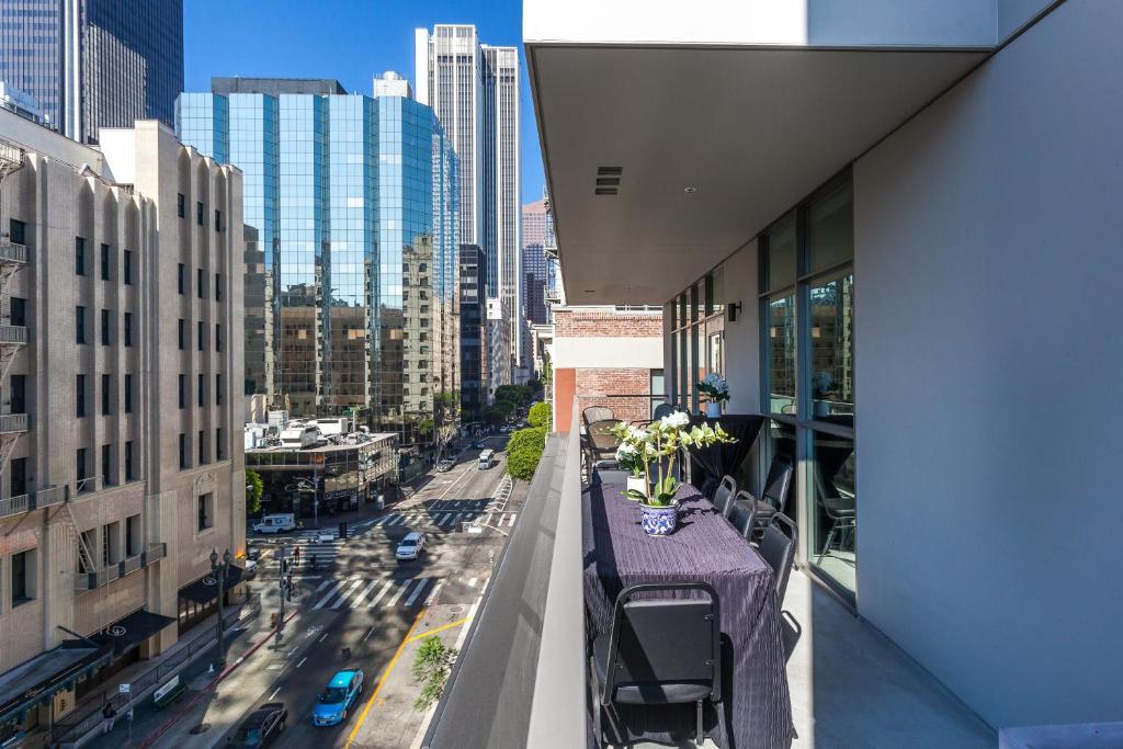 Rooms: Apartment DOWNTOWN L.A. SKY VIEW PENTHOUSE & 4 BEDS, Los