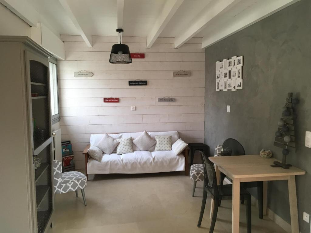 chambres dhtes des tours la rochelle reserve now gallery image of this property gallery image of this property