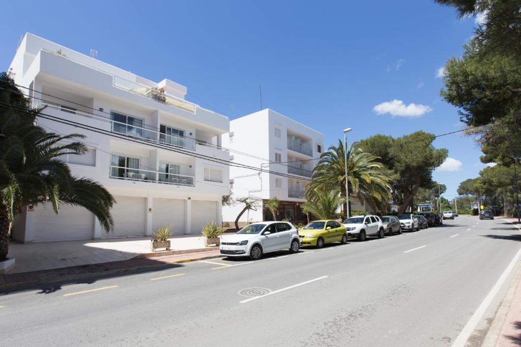 Hotel sofia playa ibiza es cana spain - Apartamentos sofia playa ibiza ...