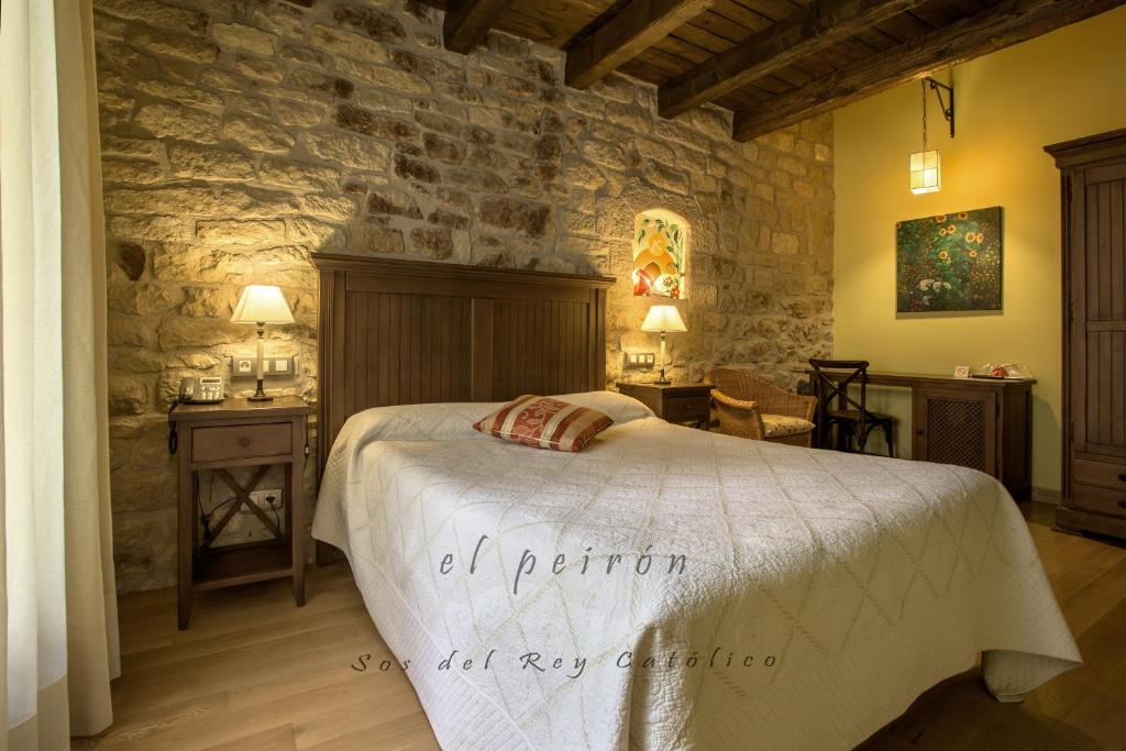boutique hotels in sos del rey católico  41