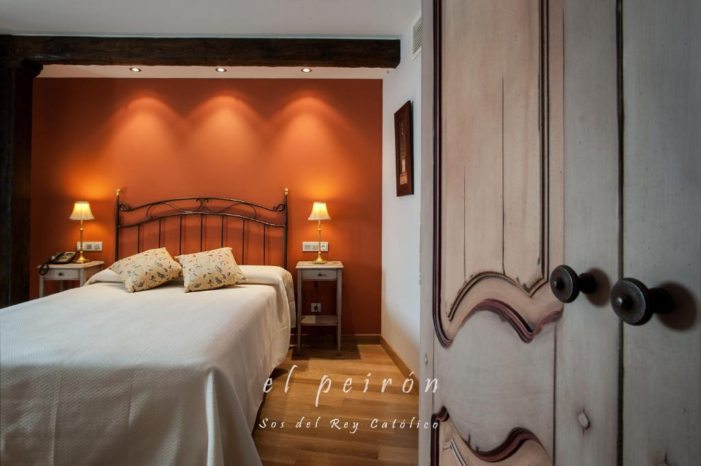 boutique hotels in sos del rey católico  44