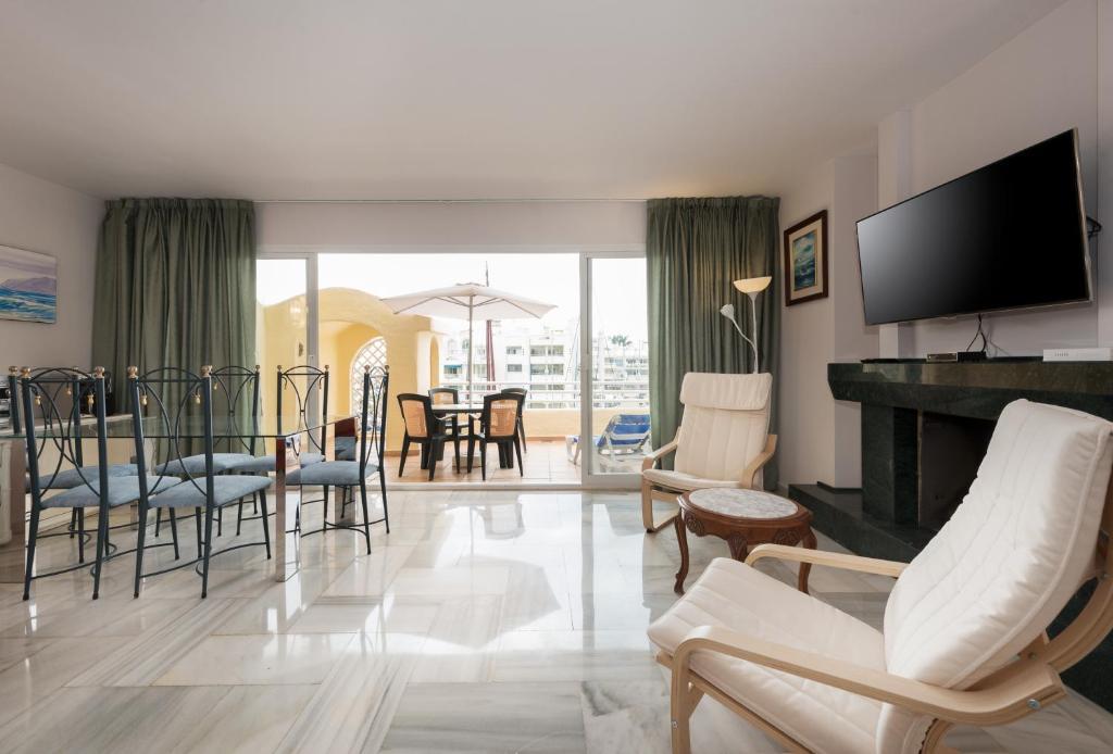Apartamento Puerto Marina fotografía