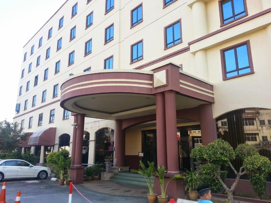 Aston Hotel Nilai Review