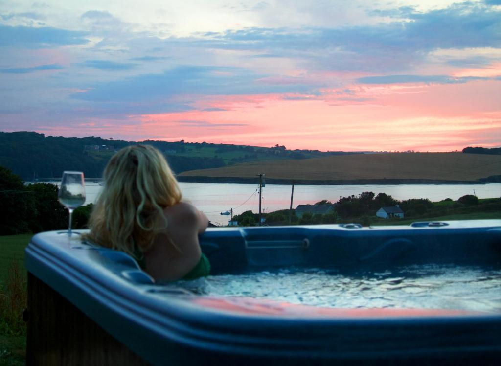 Hotels In Ireland With Outdoor Hot Tubs Newatvs Info