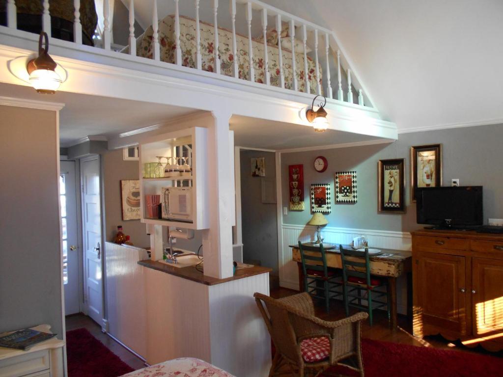 Heart Of The Hills Inn Eureka Springs Ar Booking