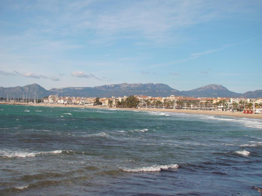 Apartamento Playa Esquirol foto