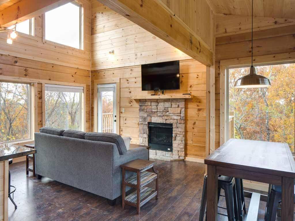 Gallery image of this property. Vacation Home Mountain Splash  Two Bedroom Cabin  Pigeon Forge  TN