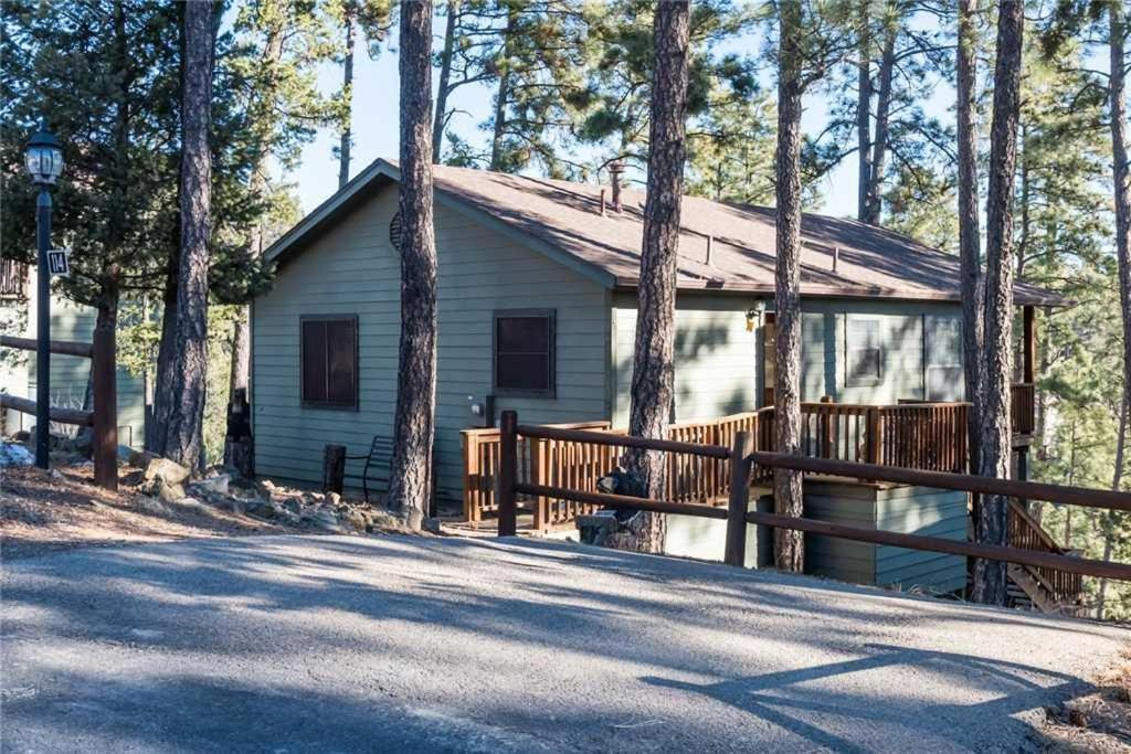 Alpine Air Cabin One-bedroom Holiday Home, Ruidoso, NM - Booking.com