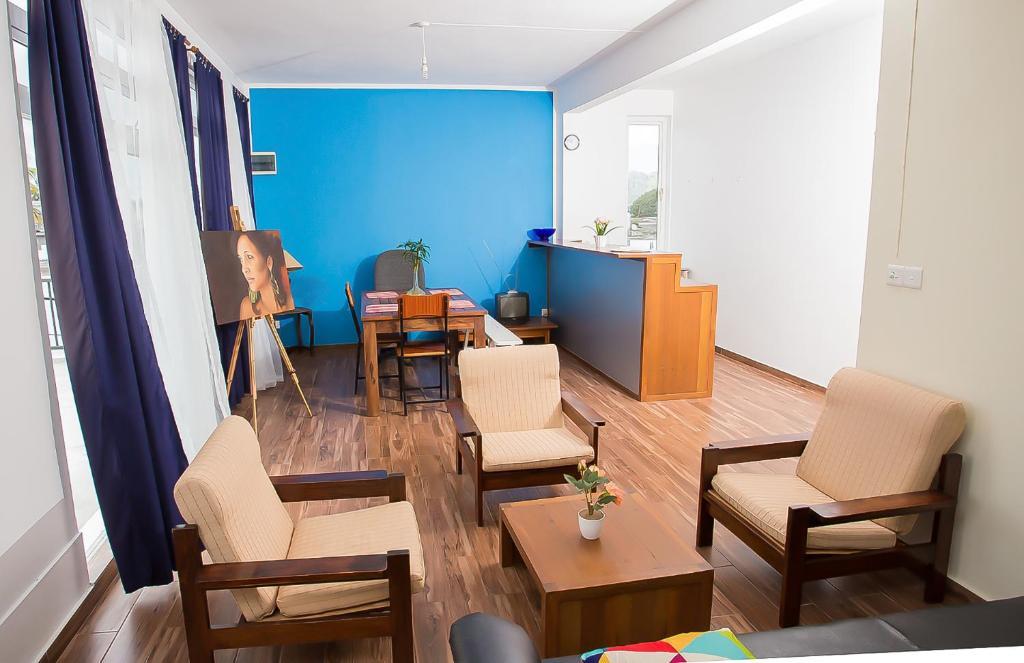Small Cozy Studio Apartment, Quatre Bornes, Mauritius ...