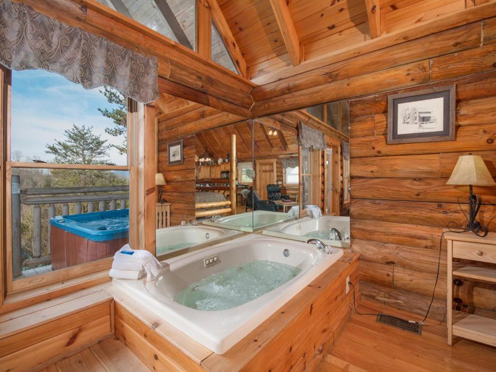 Vacation Home The Sugar Shack One Bedroom Cabin Pigeon