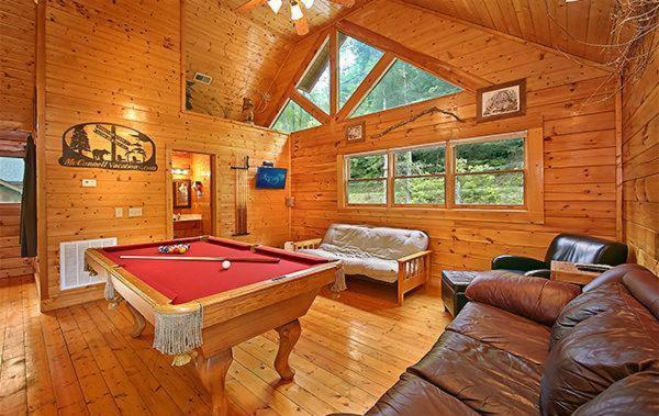 Vacation Home Creekside Romance- One-Bedroom Cabin, McCookville ...
