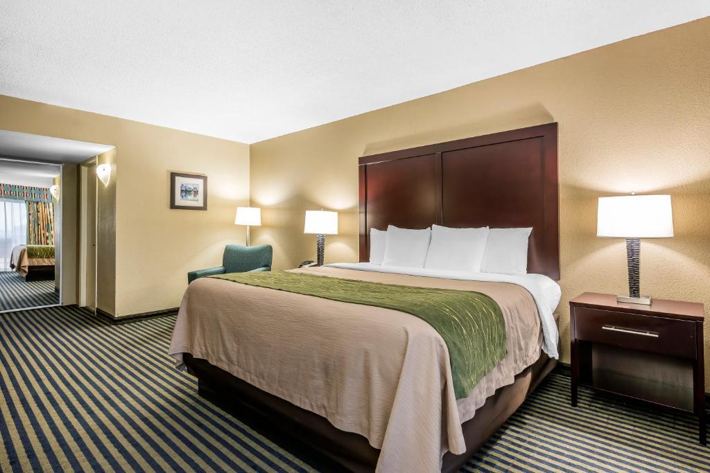 Comfort Inn Lake Buena Vista Orlando FL Bookingcom