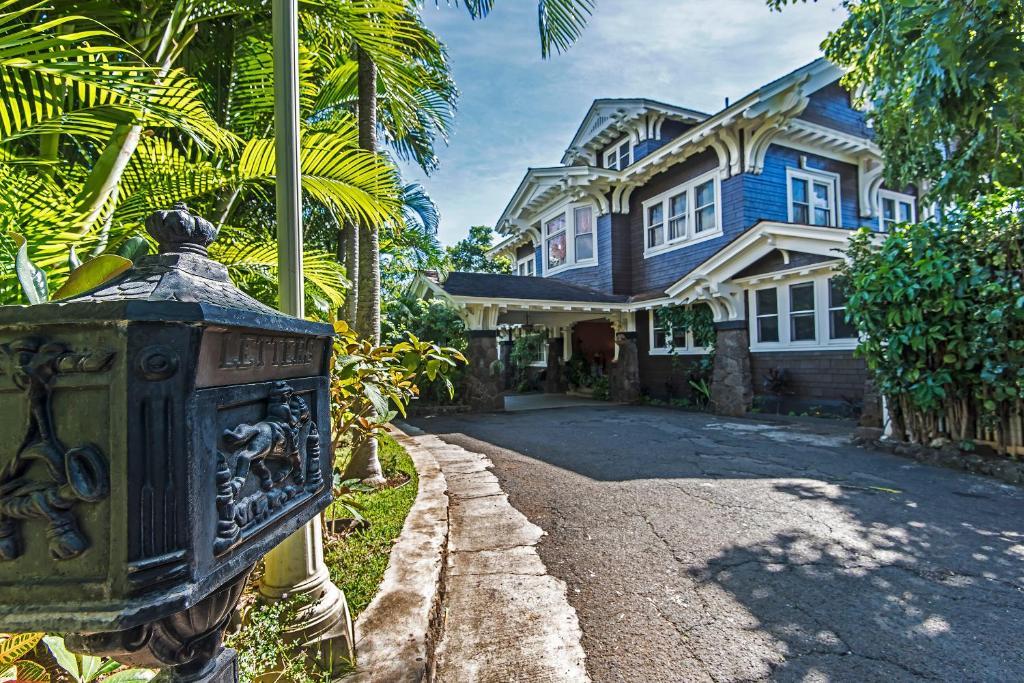Manoa Valley Inn, Honolulu, HI - Booking com