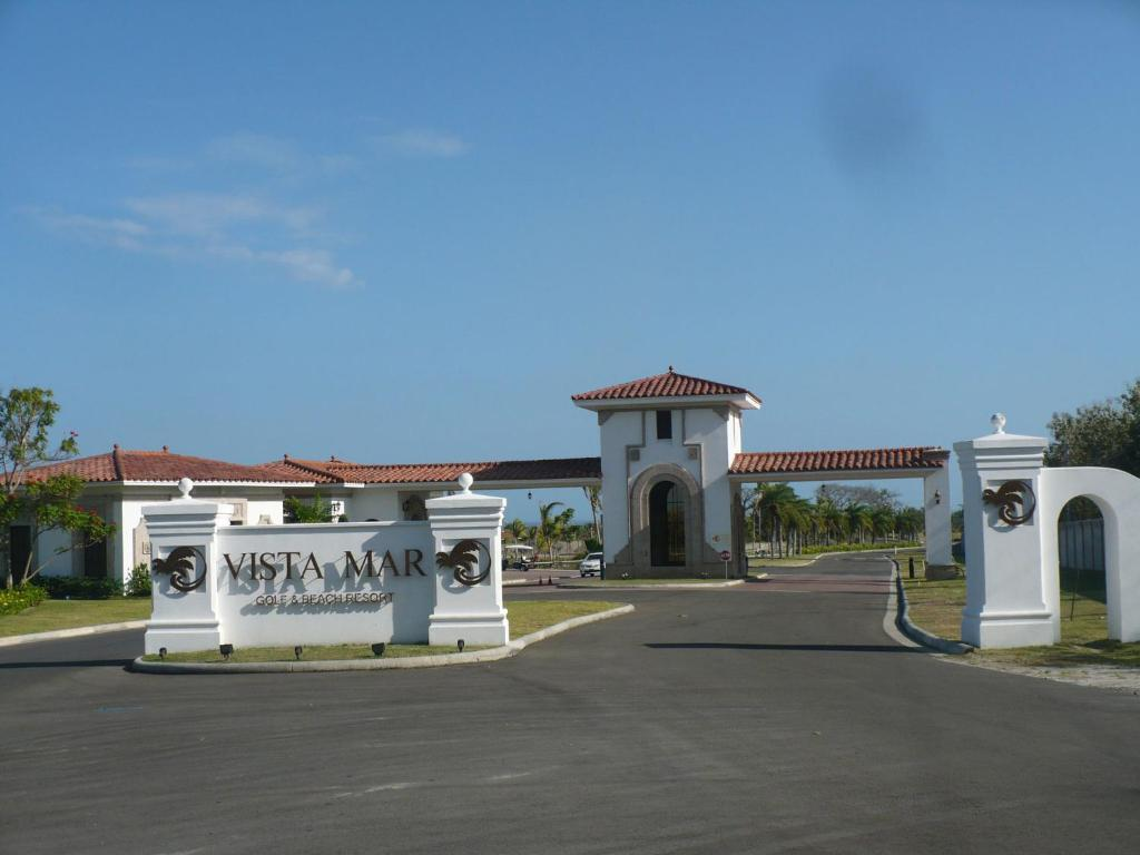 Villa Mar Vista In Playa Blanca