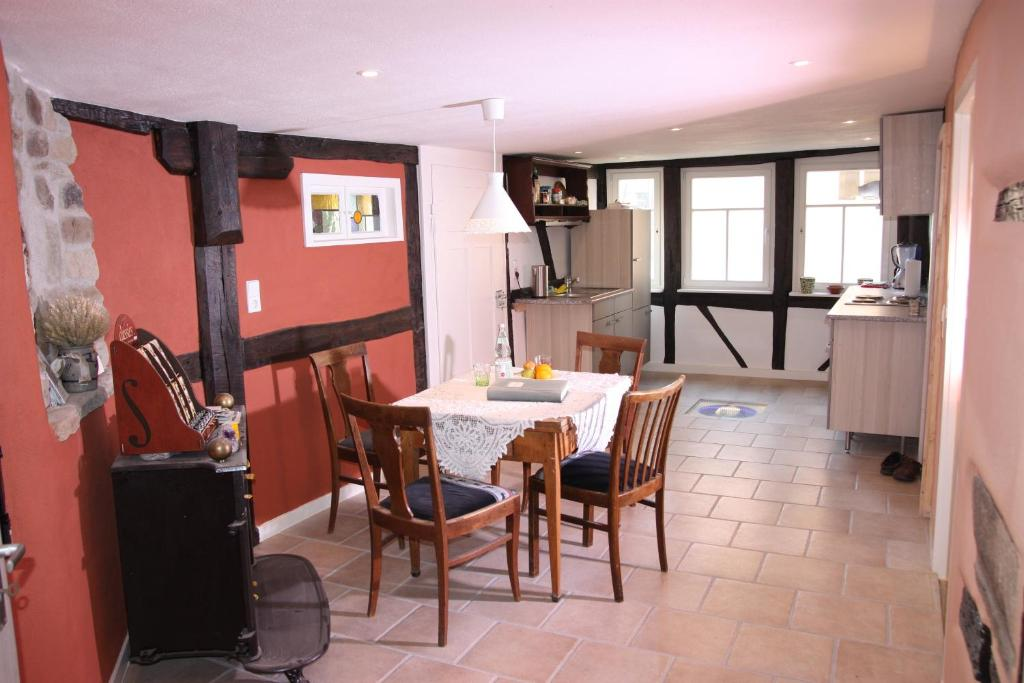 Ferienwohnung Gemütliche Gästezimmer in einem neu sanierten ...