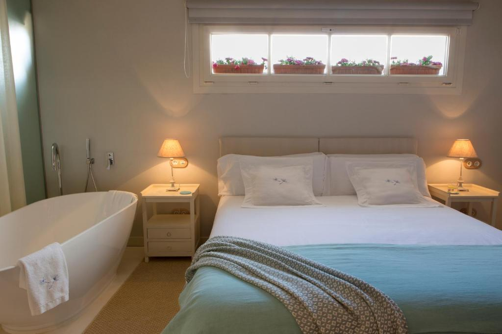 boutique hotels menorca  245