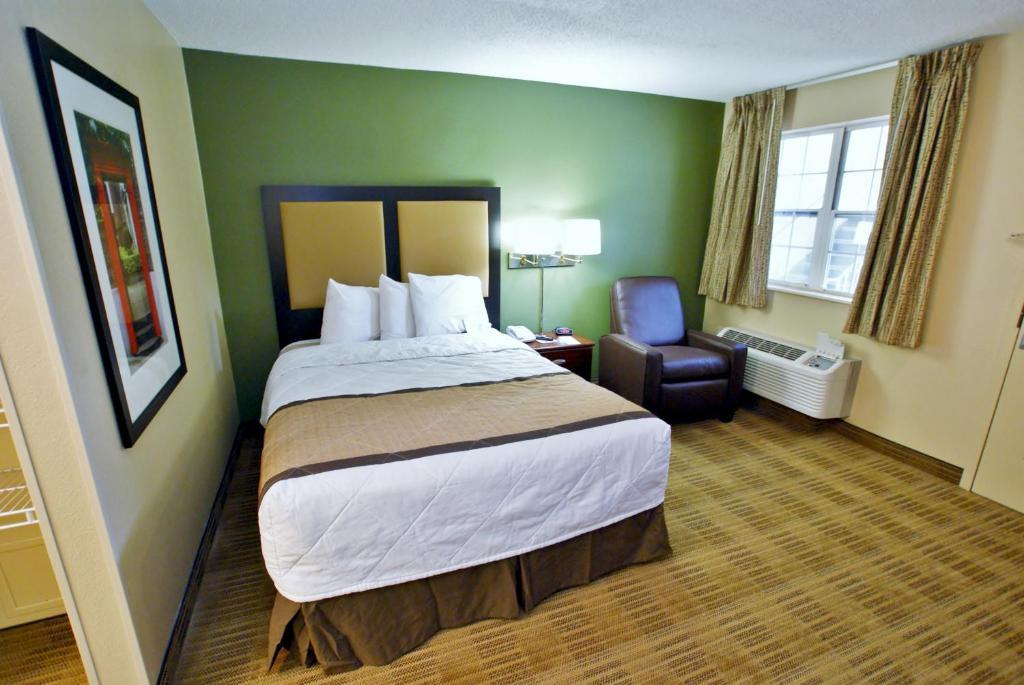 Hotel ESA Winston Salem, Winston-Salem, NC - Booking.com