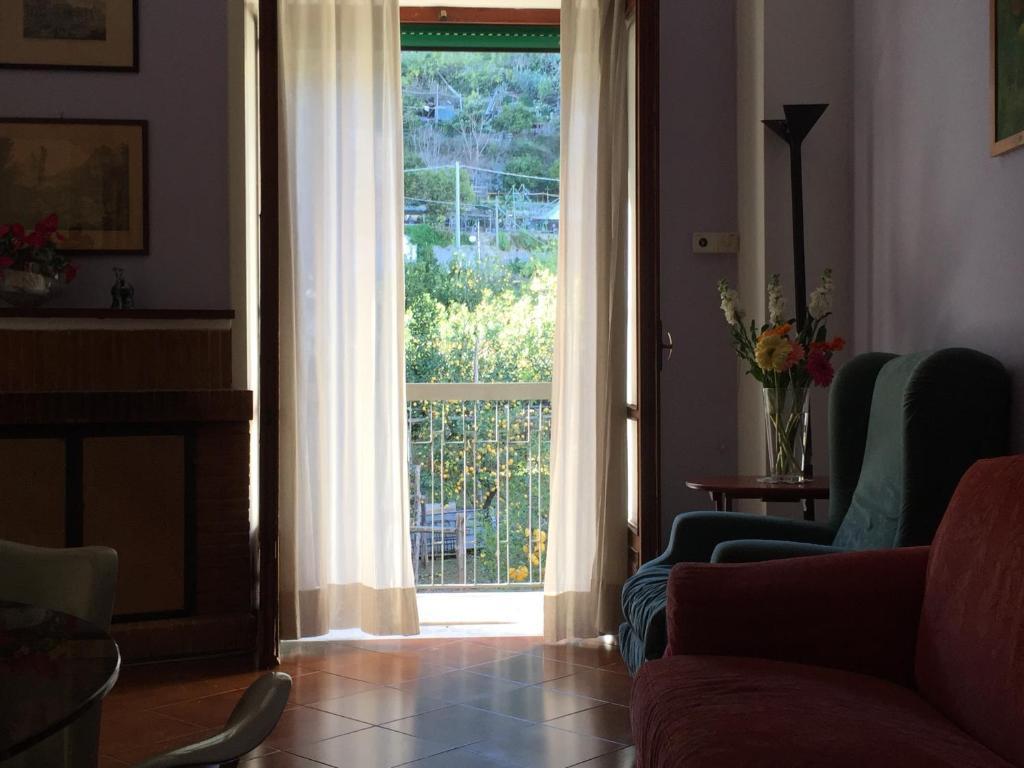 Sedia A Dondolo Per Bambini Mista : Casa del tritone vietri u prezzi aggiornati per il