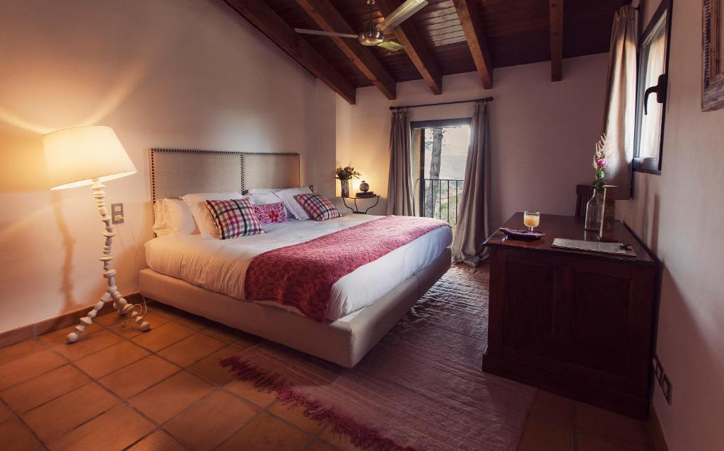 boutique hotels in bañeres de mariola  15