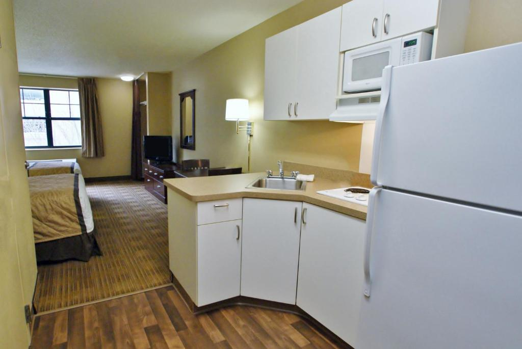 Embassy Suites Washington DC Hotel - Hotels With Kitchens In Rooms