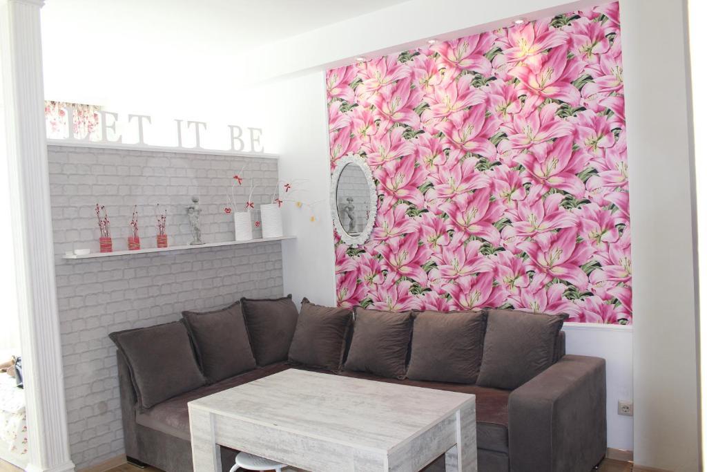 Melania Apartment, Batumi, Georgia - Booking.com