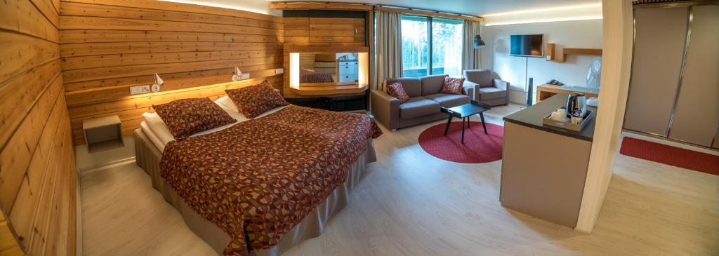 Summassaari Hotelli