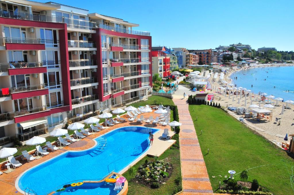 A view of the pool at Aurelia Beach Complex or nearby