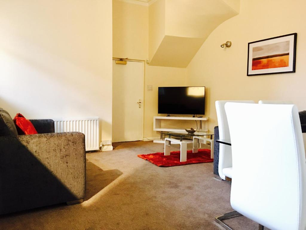 MacApartments - Rutherglen House, Glasgow – Updated 2018 Prices