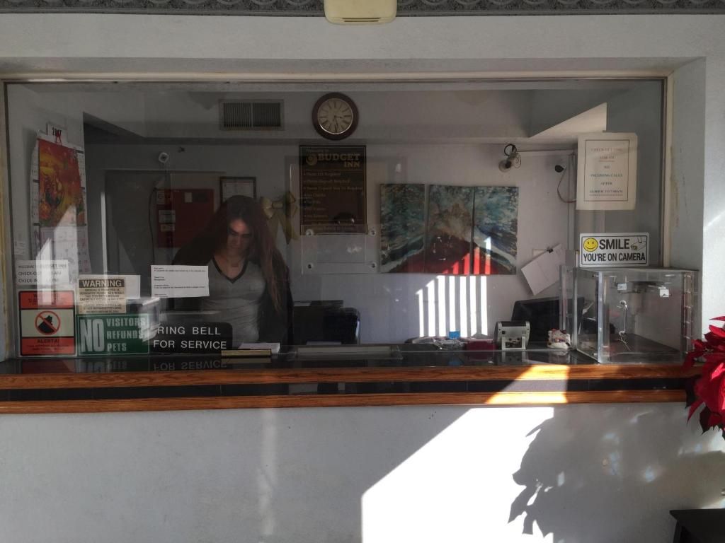 Budget Inn Suites Els 1212 Adams Ave El Centro Ca