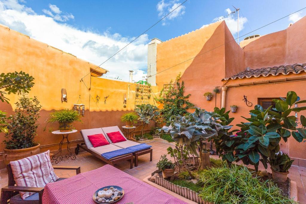 Poppy's Houses Mallorca
