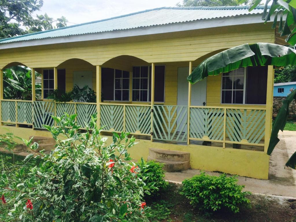 T&T - Tatty and Tony Guesthouse, Negril, Jamaica - Booking.com