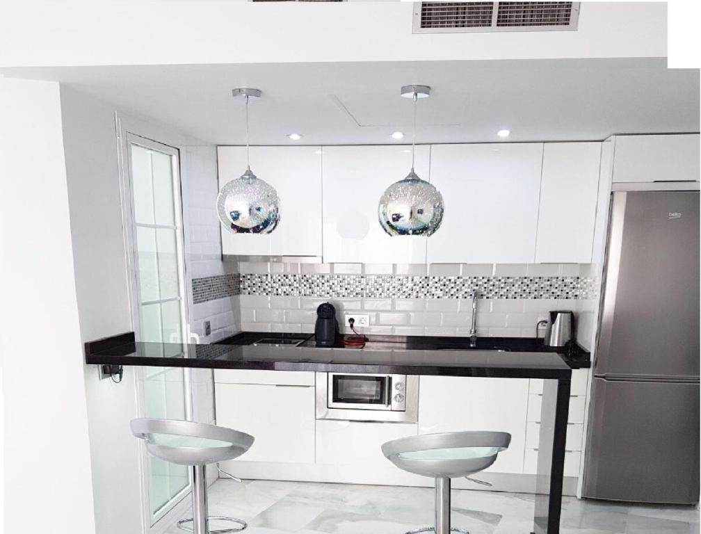 Apartamento exclusivo Puerto Marina Planb4all