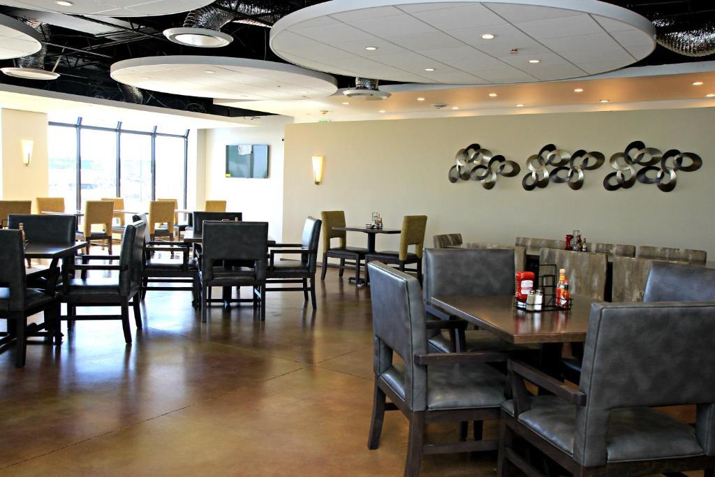 Radisson Hotel Denver Central (USA Denver) - Booking.com