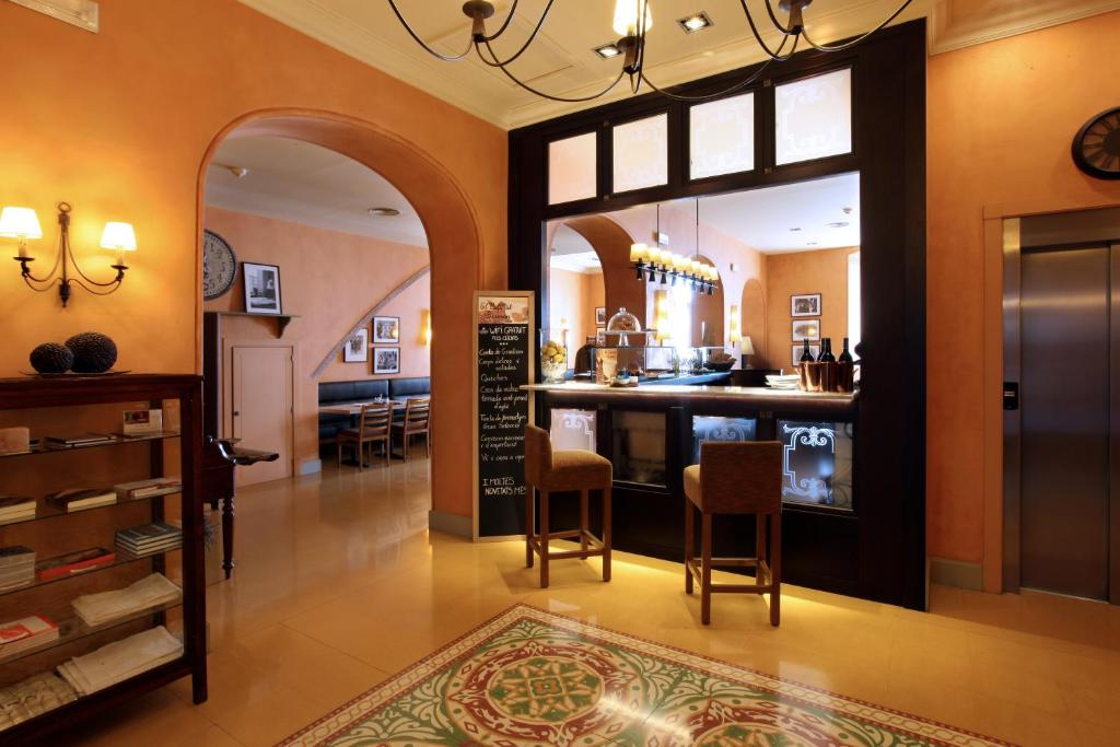 boutique hotels in cardona  15