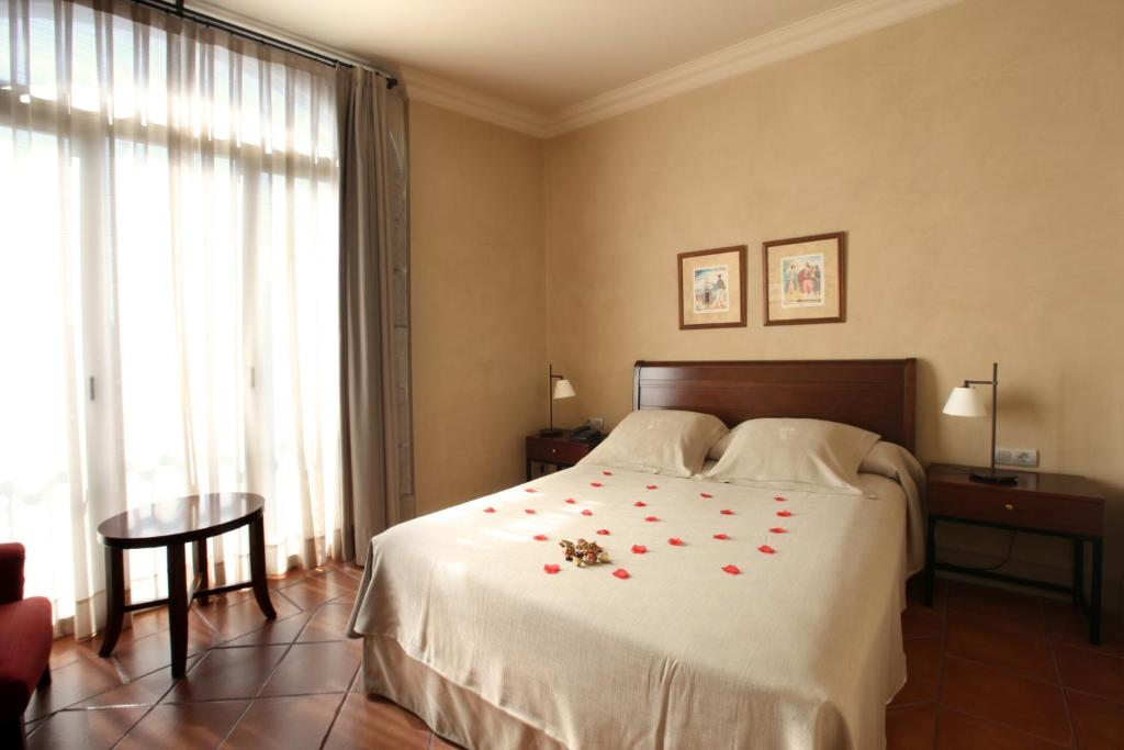 boutique hotels in barcelona  40