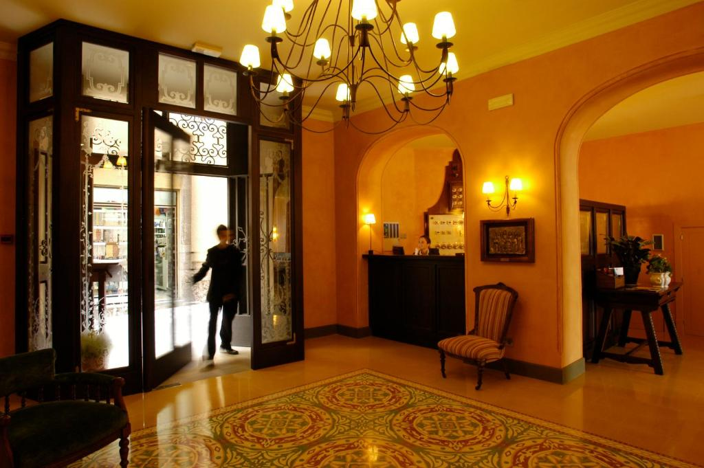 boutique hotels in barcelona  30