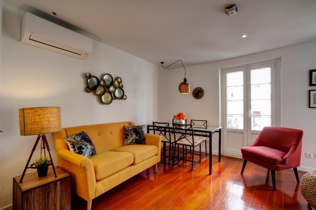 Great Duplex Apartment in Alfama, Lisbon, Portugal - Booking.com