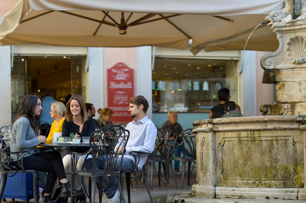 Salotto Verde Rovereto : Residence del messaggero rovereto u2013 prezzi aggiornati per il 2018