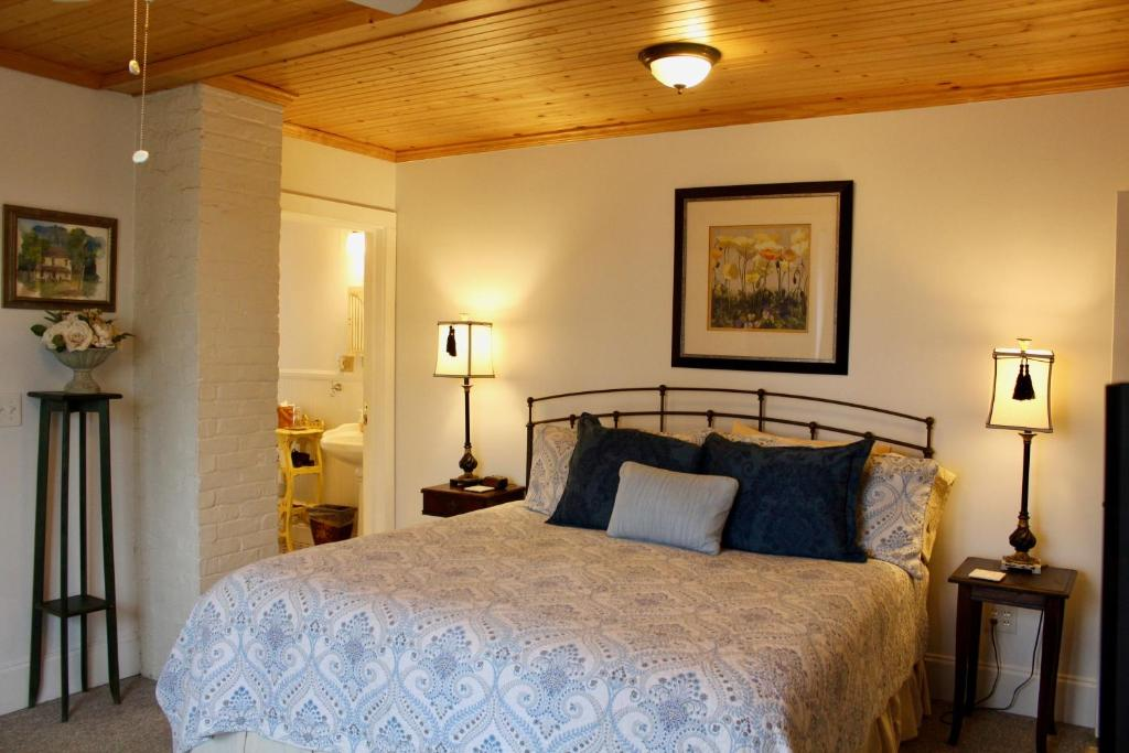 mansion nc asheville photo tour the and more reynolds breakfast photos bed best see