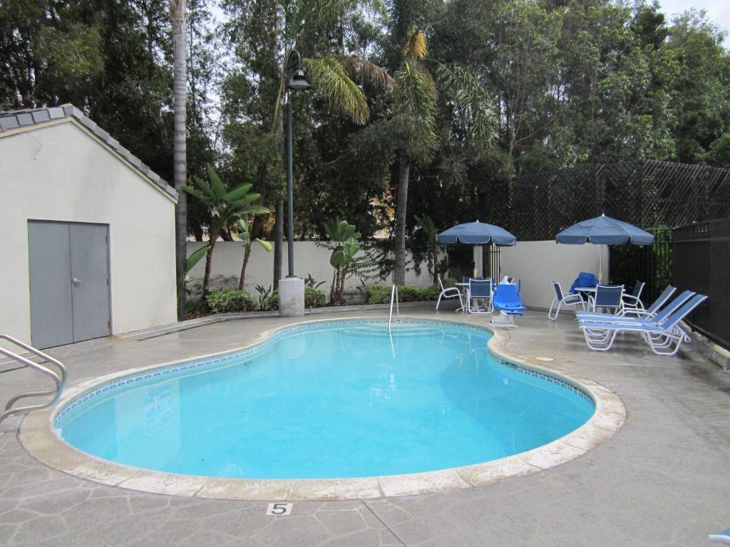 Hotel ESA Orange County, Anaheim, CA - Booking.com